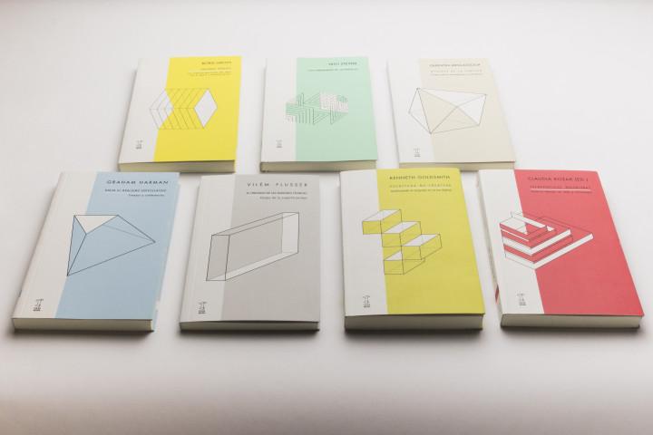 Colección Futuros Próximos - Consuelo Parga - Mención Destacada categoría Colección